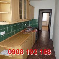 3 izbový byt, Hliník nad Hronom, 82 m², Kompletná rekonštrukcia