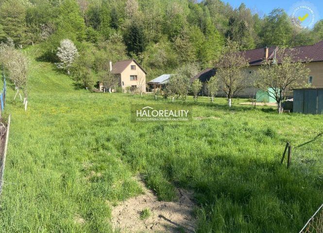 rekreačný pozemok - Revúca - Fotografia 1