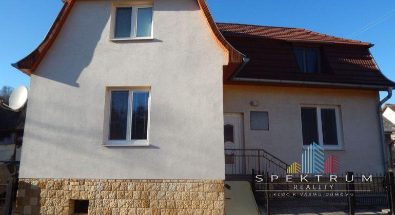 MASTER REAL- Na Predaj 4-izbový rodinný dom 197 m2, Tužina, okres Prievidza