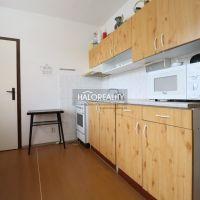 2 izbový byt, Štúrovo, 65 m², Pôvodný stav