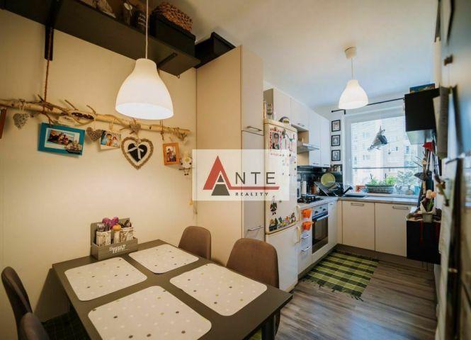 3 izbový byt - Košice-Sídlisko Ťahanovce - Fotografia 1