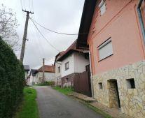 Na predaj rodinný dom alebo chata so záhradou 634 m2 Horná Štubňa okres Turčianske Teplice FM1085