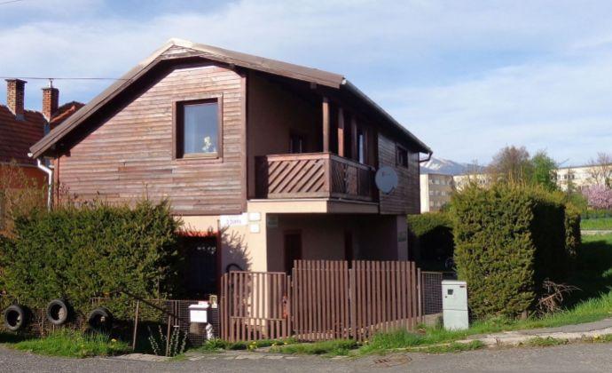 Rodinný dom v Liptovskom Mikuláši - mestská časť Palúdzka