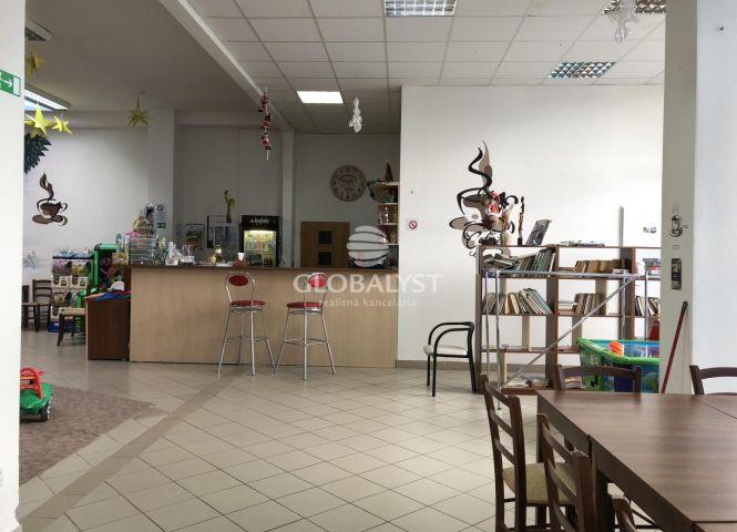 obchodné centrum - Prešov - Fotografia 1