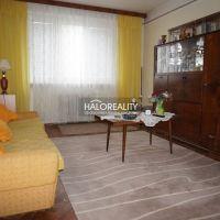 3 izbový byt, Šahy, 79 m², Pôvodný stav