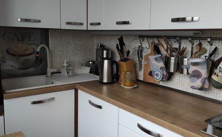 REZERVOVANÉ Moderný 2 izbový byt v Dúbravke