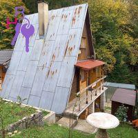 Chata, drevenica, zrub, Beluša, 60 m², Čiastočná rekonštrukcia