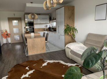 REZERVOVANÉ 3-izbový byt pre pokojné bývanie v Hamuliakove