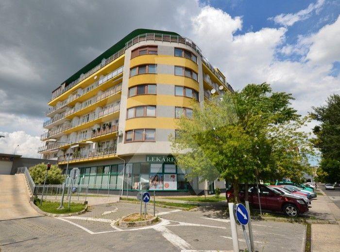 PREDANÉ - ŠVABINSKÉHO, 2-i byt, 69 m2 - NOVOSTAVBA, slnečný byt orientovaný na JZ, ideálne 4.p./6, s loggiou CEZ OBE izby, PREDAJOM IHNEĎ VOLNÝ
