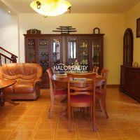 Rodinný dom, Šahy, 308 m², Čiastočná rekonštrukcia