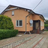 Rodinný dom, Malčice, 1193 m², Kompletná rekonštrukcia