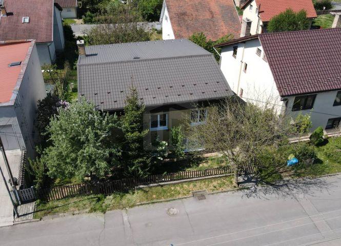 Rodinný dom - Vidiná - Fotografia 1