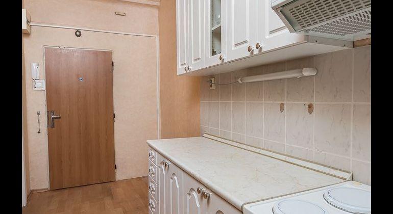 Predaj 1 izb. bytu prerobeného na 2 izbový.