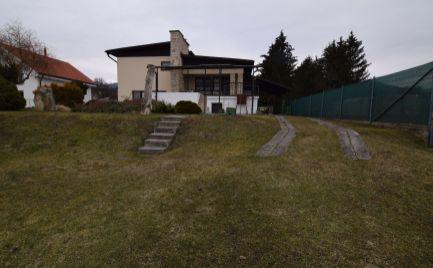 REZERVOVANÉ - EXKLUZÍVNE - Rodinný dom Turany