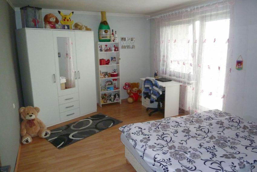 Predaj Rodinné domy Tomášovce-16