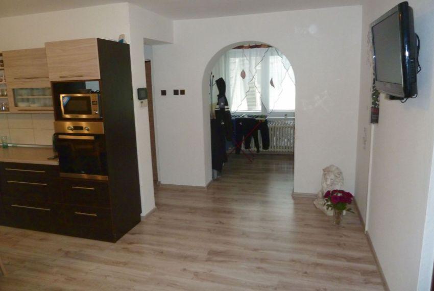 Predaj Rodinné domy Tomášovce-3