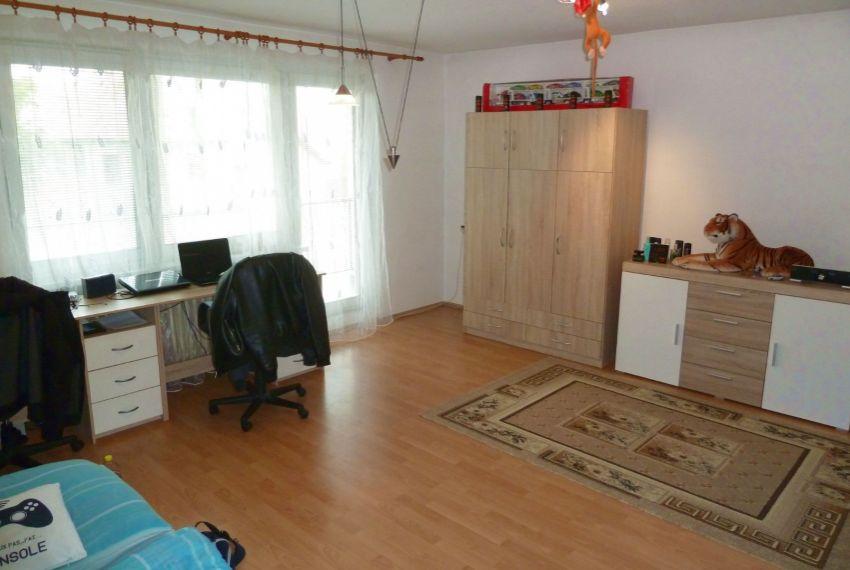 Predaj Rodinné domy Tomášovce-5