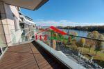 EUROVEA - Na prenájom veľký 2 izbový byt s terasou, priamy výhľad na Dunaj, garážové státie, pivnica