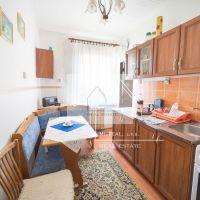 4 izbový byt, Tesárske Mlyňany, 83 m², Čiastočná rekonštrukcia