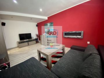 Veľkometrážny 3 izbový byt po rekonštrukcii na periférií Podhája