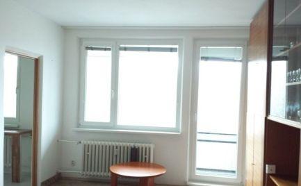 Prenájom 1 izbového bytu s veľkou loggiou v Dúbravke, rekonštrukcia
