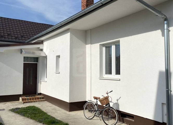Rodinný dom - Topoľčany - Fotografia 1