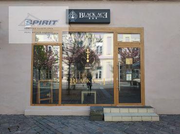 REZERVOVANÉ - Obchodný priestor na PREDAJ - Liptovský Mikuláš, Námestie osloboditeľov