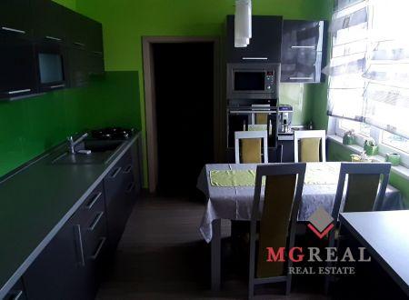 3,5 izbový byt v Topoľčanoch