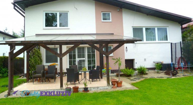 Pekný rodinný dom na predaj v obci Halič, v peknom prostredí...