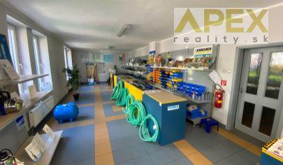 Exkluzívne APEX reality prenájom obchodného priestoru na Nitrianskej ul., 90 m2, vlastné parkovanie