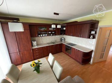 Výhradne iba u nás!!! Na predaj slnečný tehlový byt 3+1 , Žilina - Vlčince II (74m2) s loggiou a parkovacím státím