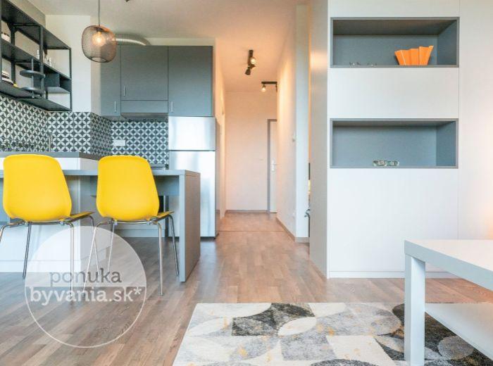 PRENAJATÉ - HRANIČNÁ, 2-i byt, 43 m2 - NOVOSTAVBA NUPPU - zariadený, BALKÓN, ihneď voľný, PROVÍZIU NEPLATÍTE