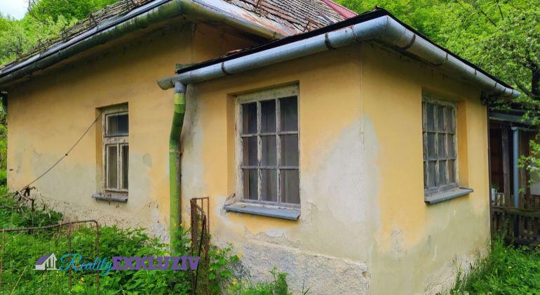 Vidiecky dom vhodný na chalupu v obci Utekáč