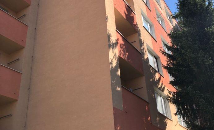 Na prenájom krásny 2 izbový byt v Prievidzi blízko centra