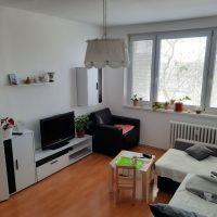 2 izbový byt, Senec, 54 m², Čiastočná rekonštrukcia