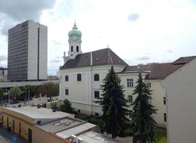 REAL HUB – Prenájom 2i. bytu v centre v Starom Meste, 39m2 Hollého ul.,