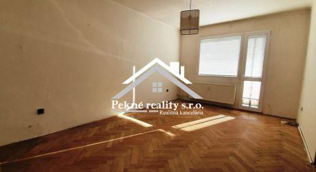 Predaj 3 izbového bytu s loggiou v centre Zvolena