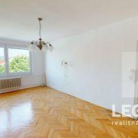 3 izbový byt, Stará Turá, 86 m², Čiastočná rekonštrukcia