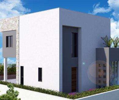 Ponúkame na predaj vilu s bazénom a panoramatickým výhľadom na more!
