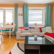 Prenájom pekného 1 izb. bytu s oddeleným spacím kútom, Geologická ul., 33,24 m2, zariadený, klimatizácia, parkovacie státie