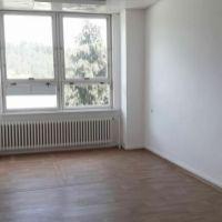 Kancelárie, Čadca, 18 m², Čiastočná rekonštrukcia
