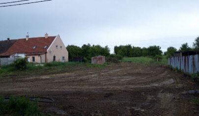 Na predaj pozemok Malacky, časť Vinohrádok.