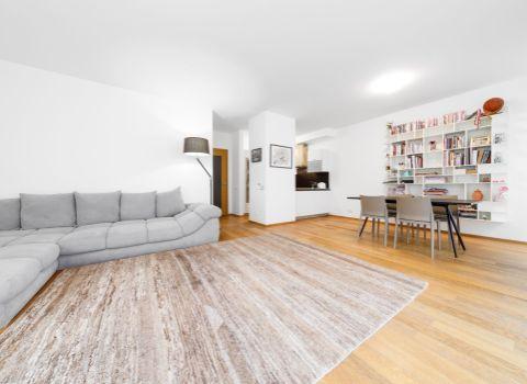 PREDANÝ - Na predaj nadštandardný 2 izbový byt s predzáhradkou vo výnimočnom projekte PARKVILLE