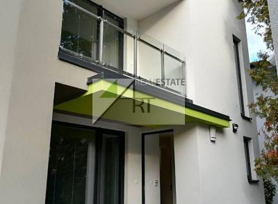 ART Real Estate ponúka PRENÁJOM_EXKLUZÍVNE_ 5- izbovú rodinnú vilu -  Mudroňová ul. Bratislava STARÉ MESTO