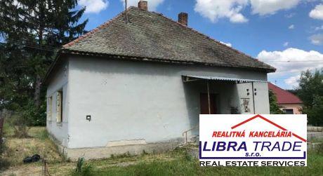 IBA U NÁS! PREDAJ - 2 izbový rodinný dom v začatej prestavbe na 4 izbový RD s projektovou dokumentáciou v Kameničnej