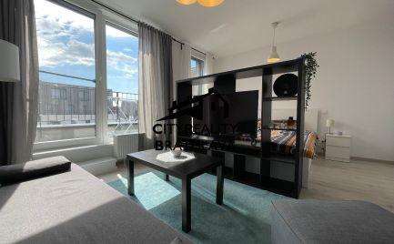 REZERVOVANÉ - Exkluzívne - Kompletne zariadený 1izb. byt s parkovaním a balkónom v novostavbe