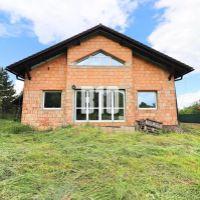 Rodinný dom, Skalka nad Váhom, 200 m², Novostavba