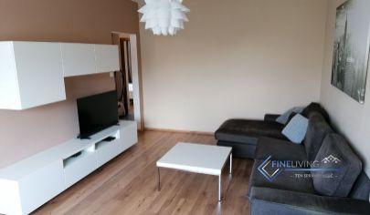 !PRENAJATÉ! Priestranný a moderne zariadený 2 - izb. byt (dobrá cena)