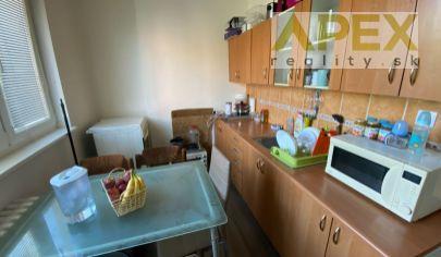 Exkluzívne APEX reality zrekonštruovaný 3i. byt s loggiou na Štúrovej ul. v Leopoldove, 65 m2