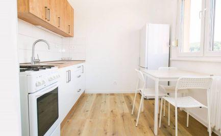 PRENÁJOM 3 izbový priestranný byt v Dúbravke /Bratislava . EXPISREAL
